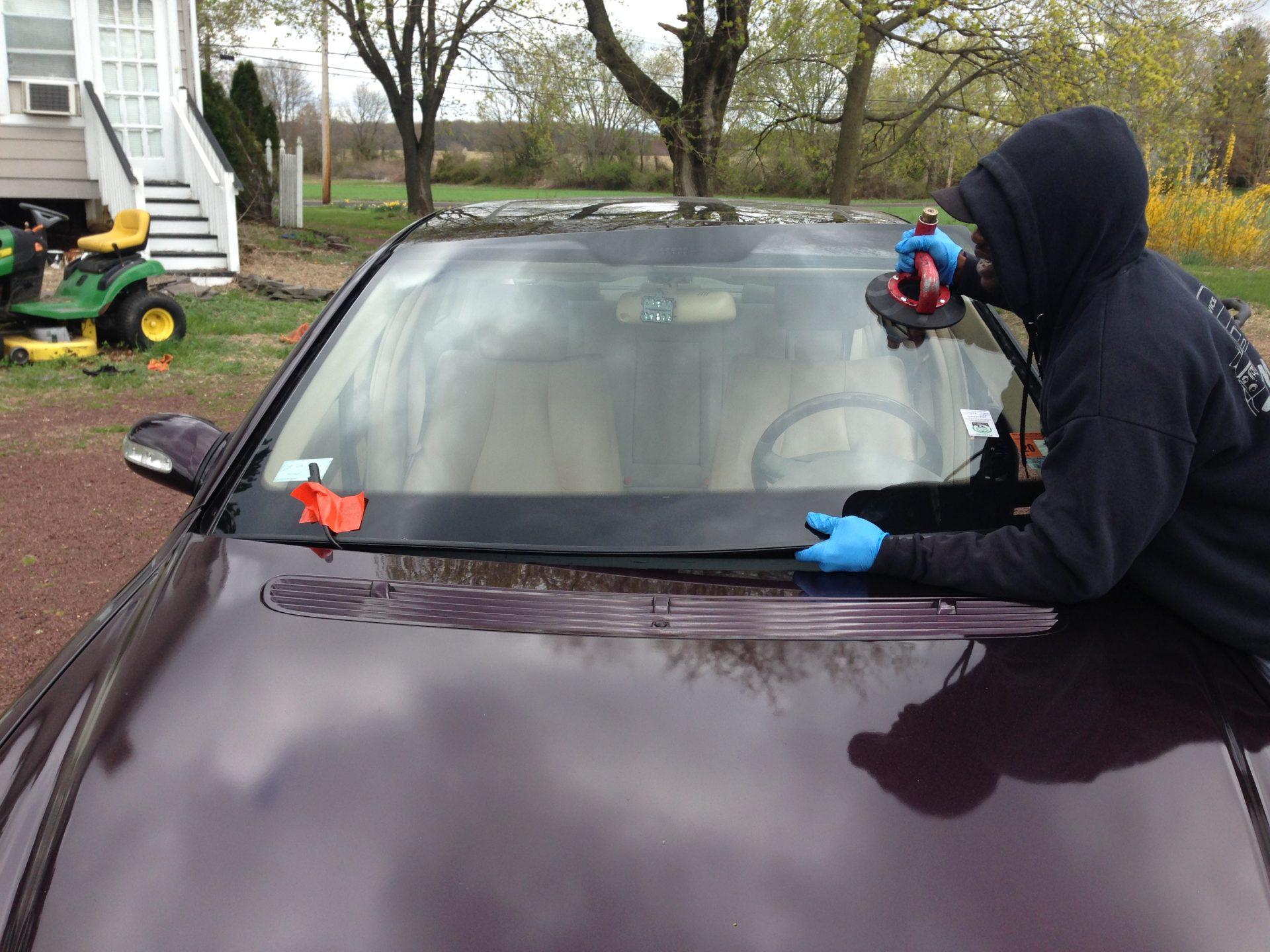 2002 Mercedes Benz windshield Install Platinum Auto Glass NJ @732-993-6844@platinumautoglassnj