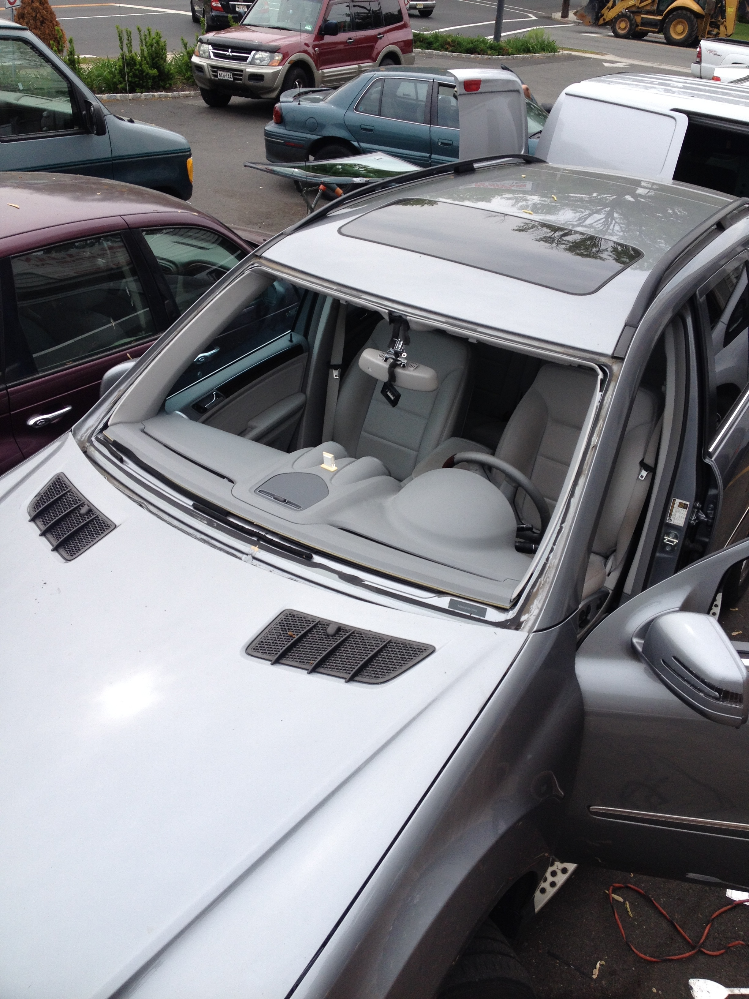 2012 Mercedes Benz GL450 windshield replacement before Platinum Auto Glass Linden New Jersey
